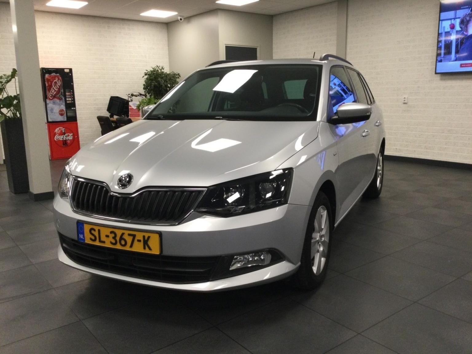 Škoda-Fabia-1